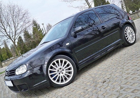 vw golf 4 iv r32 3d bas de caisse tuning gt. Black Bedroom Furniture Sets. Home Design Ideas